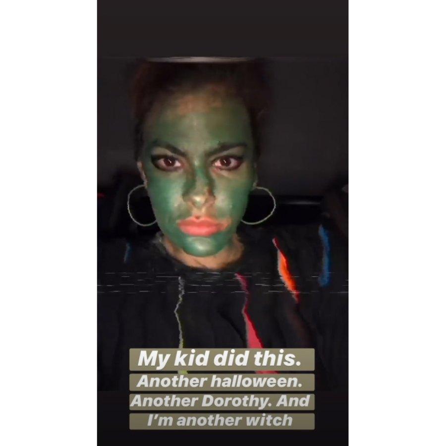 Eva-Mendes-Reveals-Her-Kids-Dressed-as-Dorothy-Again-for-Halloween