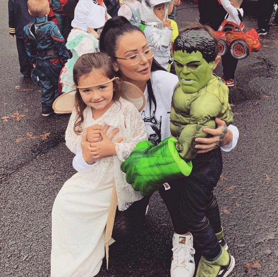 "Halloween Costumes Meilani and Greyson Mathews With Mom Jenni ""JWoww"" Farley"
