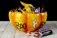 Halloween-candy-bowl