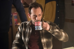 How TV Shows Handled Stars Deaths Luke Perry