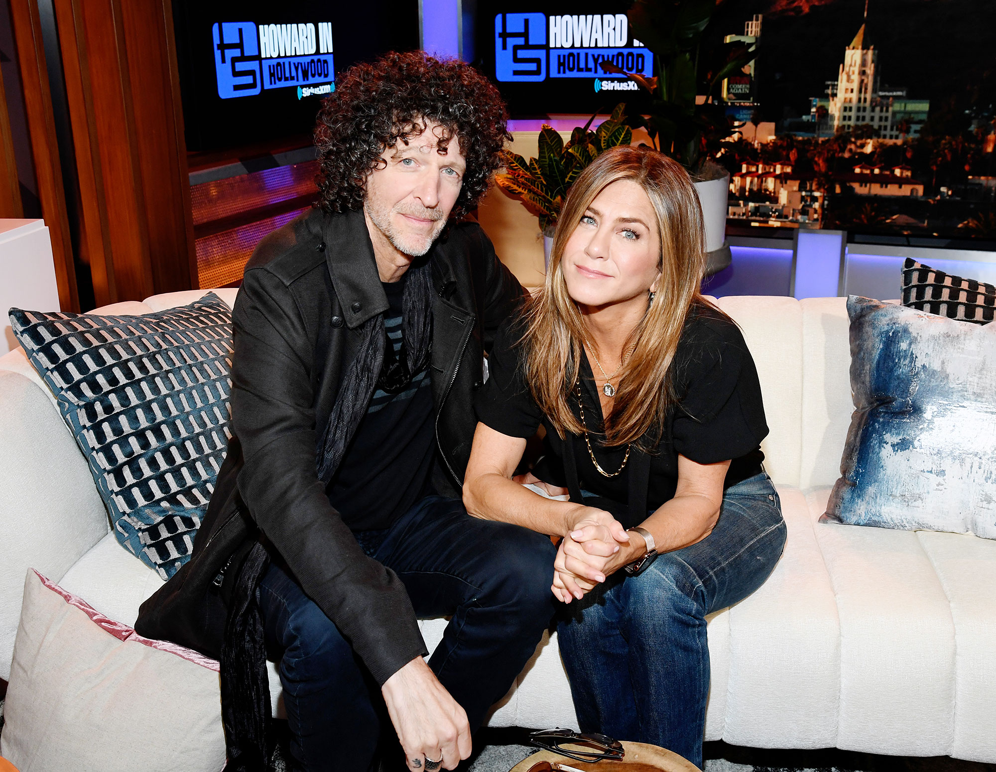 Howard Stern and Jennifer Aniston Says She Is Enjoying Being Single After Justin Theroux Divorce