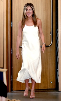 Jennifer Aniston Looks More in Shape Than Ever in New Pics Aveeno
