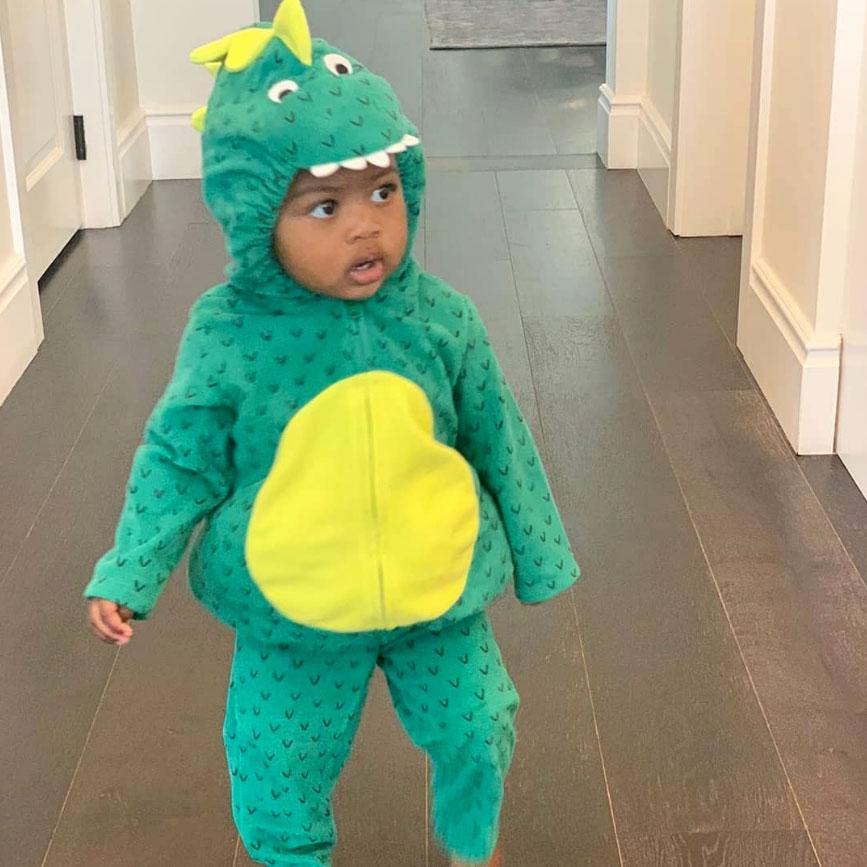 Kaavia Wade Gabrielle Union-Wade Instagram Halloween Costumes