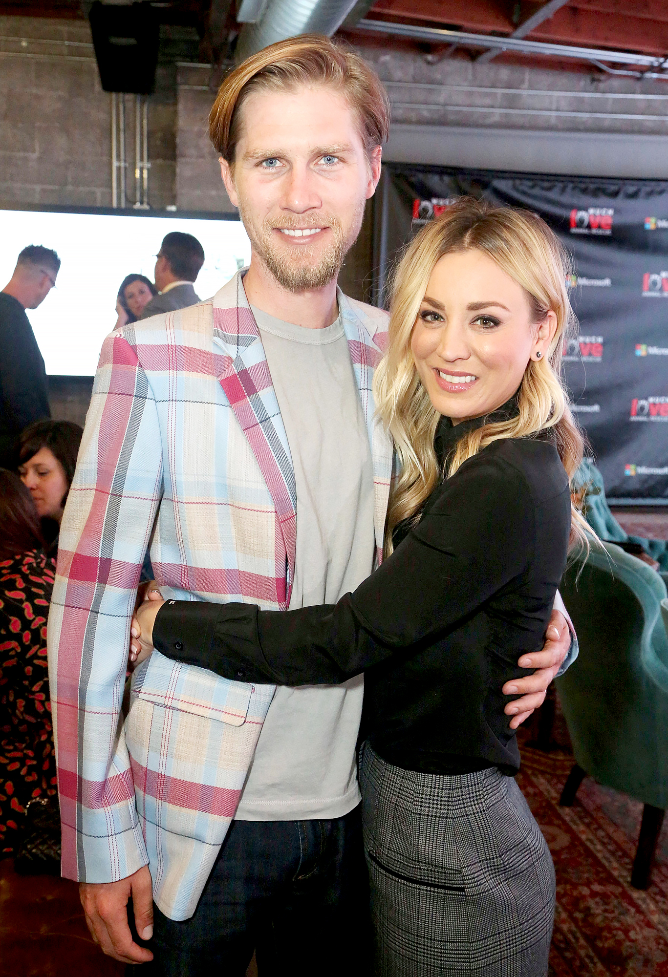 Kaley-Cuoco-No-Problem-Not-Living-With-Husband-Karl-Cook-for-Now