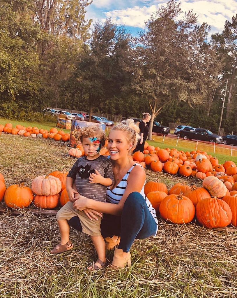Kayla-Rae-Reid-and-Ryan-Lochte-pumpkin-patch