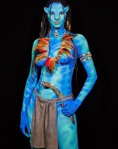 Lais Ribeiro's Avatar Costume Instagram