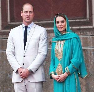 Prince William Duchess Kate Plane Forced Abort Landing Twice