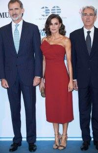 Queen Letizia Scarlet Dress October 1, 2019