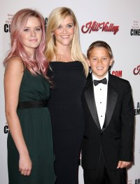 Reese Witherspoon Motherhood Quotes Ava Phillippe Deacon Phillippe