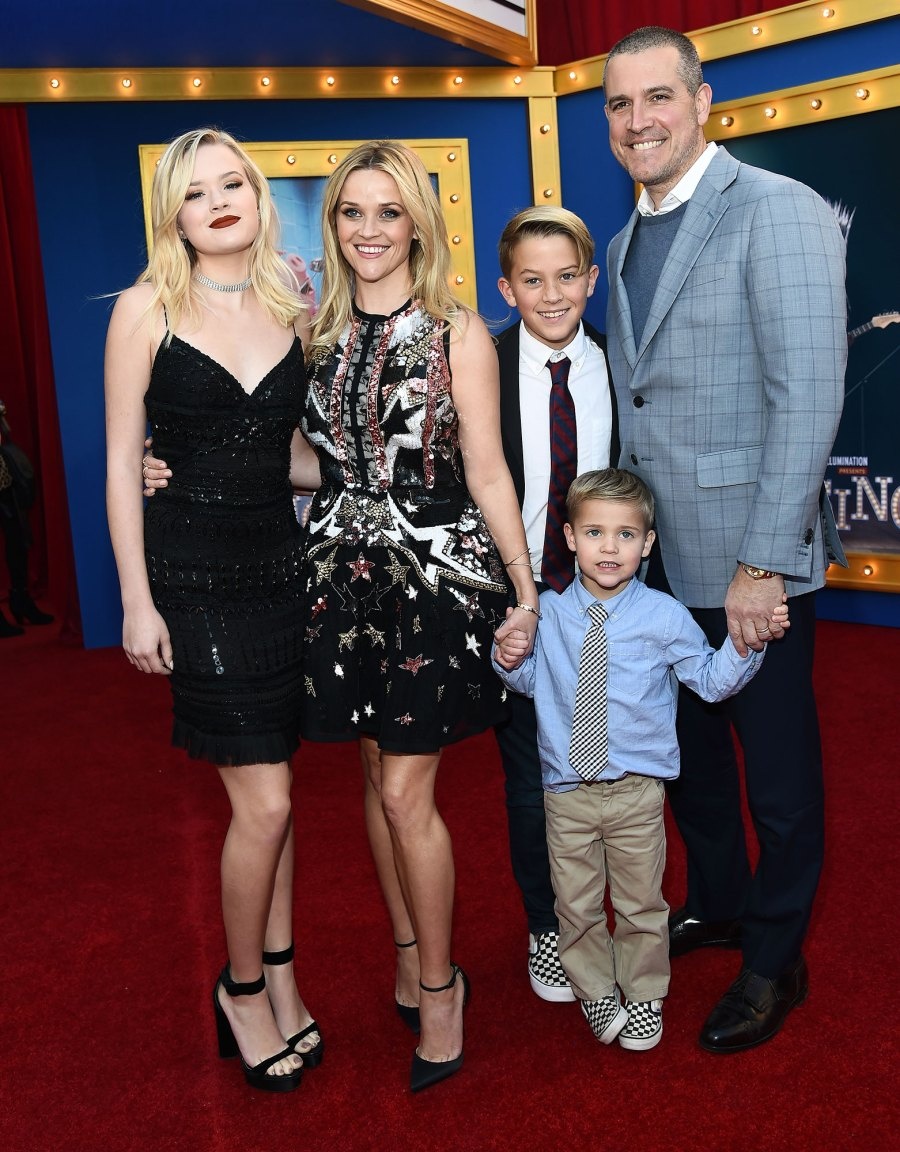 Reese Witherspoon Motherhood Quotes Ava Phillippe, Reese Witherspoon, Deacon Phillippe, Tennessee James Toth and Jim Toth