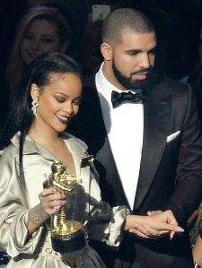 Rihanna Hangs Out With Ex Drake