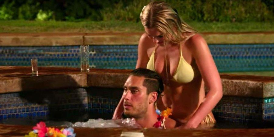 'Temptation Island' Sneak Peek: David Gets Intimate Massage in the Hot Tub