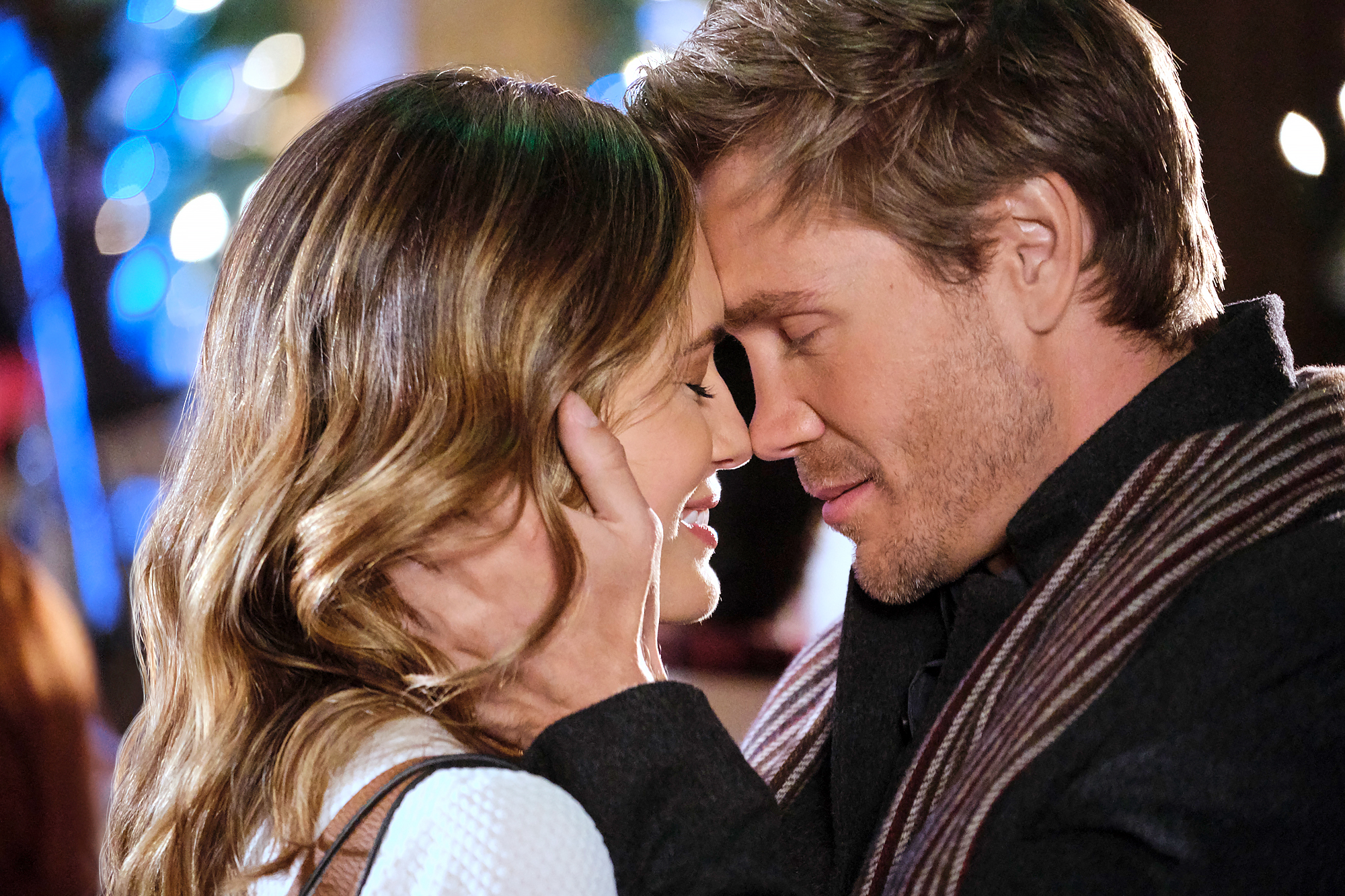 Torrey-DeVitto-and-Chad-Michael-Murray-Reunite-in-Hallmark's-Write-Before-Christmas