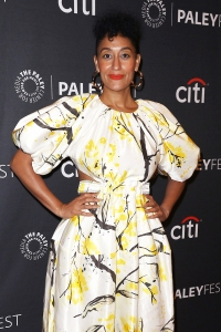 Tracee Ellis Ross' Super Simple Selfie Trick, Plus How Going Makeup-Free Helps Her Self Confidence