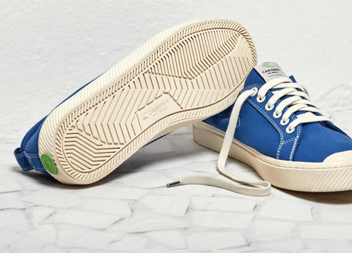 cariuma sneakers blue