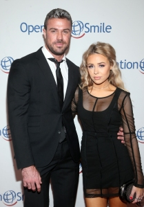 Bachelorette Alum Chad Johnson Introduces His New Girlfriend on Red Carpet