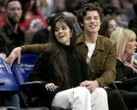 Camila-Cabello-and-Shawn-Mendes-at-Clippers-game