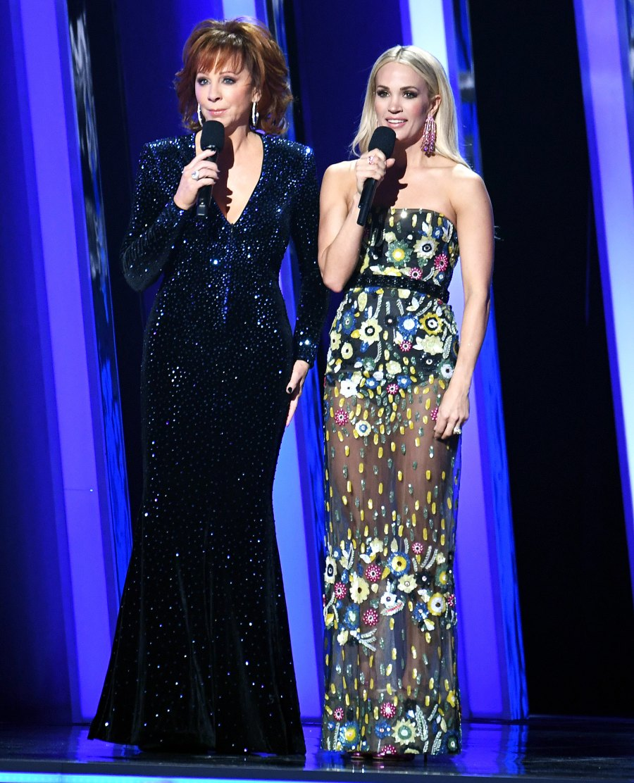 Carrie-Underwood-CMA-looks