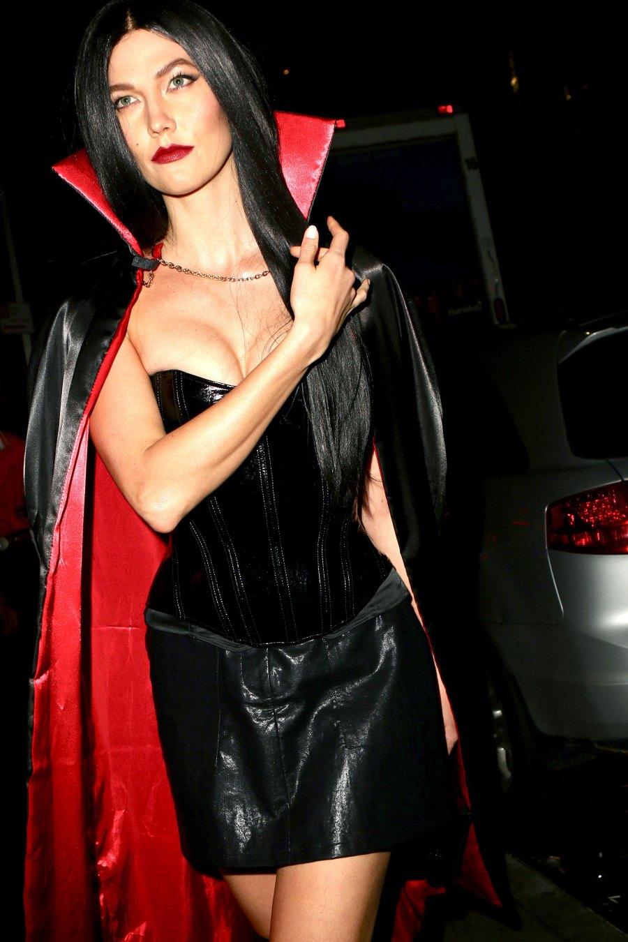 Celebs in Wigs Halloween Edition - Karlie Kloss
