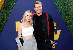 Colton Underwood Cassie Randolph Talk Struggle Life After Bachelor