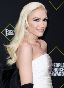 Gwen Stefani's 2019 People's Choice Awards Dress Is One for the Books Thanks to This Special Detail