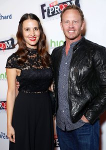 Ian Ziering Wife Erin Files Divorce After He Initiated Split