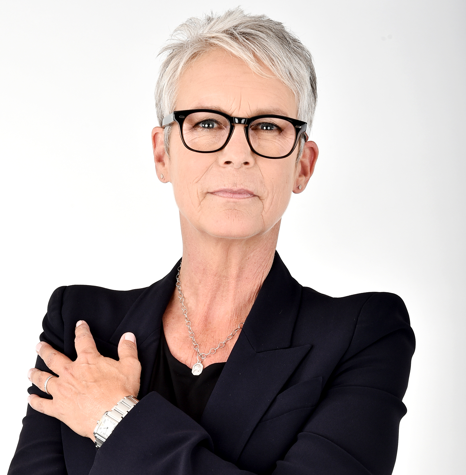 Jamie Lee Curtis Details Her Past Addiction to Vicodin After Celebrating 20 Years of Sobriety