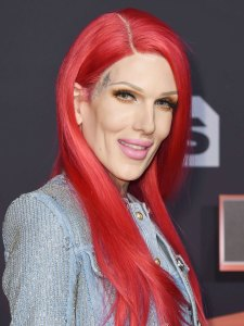 Jeffree Star Makeup Palette Controversy