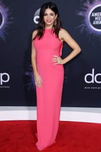 Jenna Dewan Pink Dress 2019 AMAs Wearing Giorgio Armani