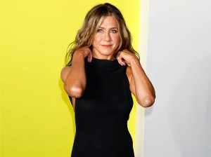 Jennifer Aniston People Are Already in My Panty Drawers So I Joined Instagram