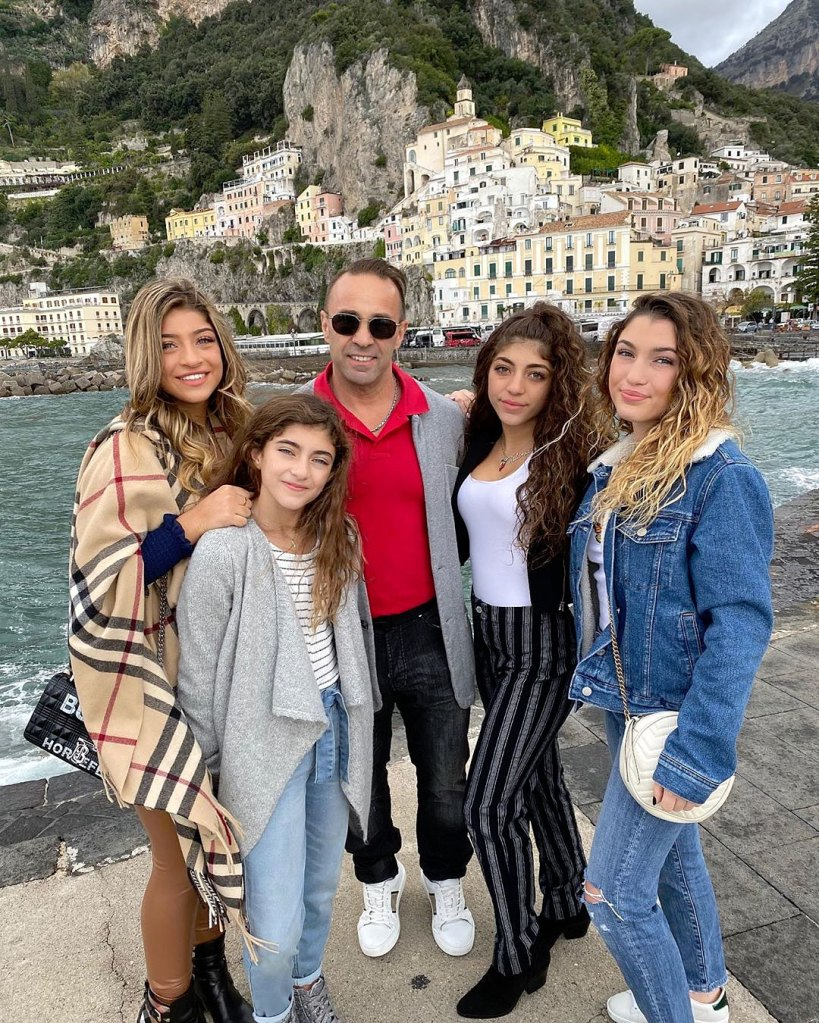 Joe Giudice Confirms Daughters Will Be Visiting Him in Italy for Christmas