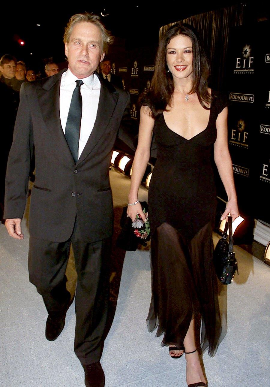 Michael-Douglas-and-Catherine-Zeta-Jones 2-November-1999-pregnancy
