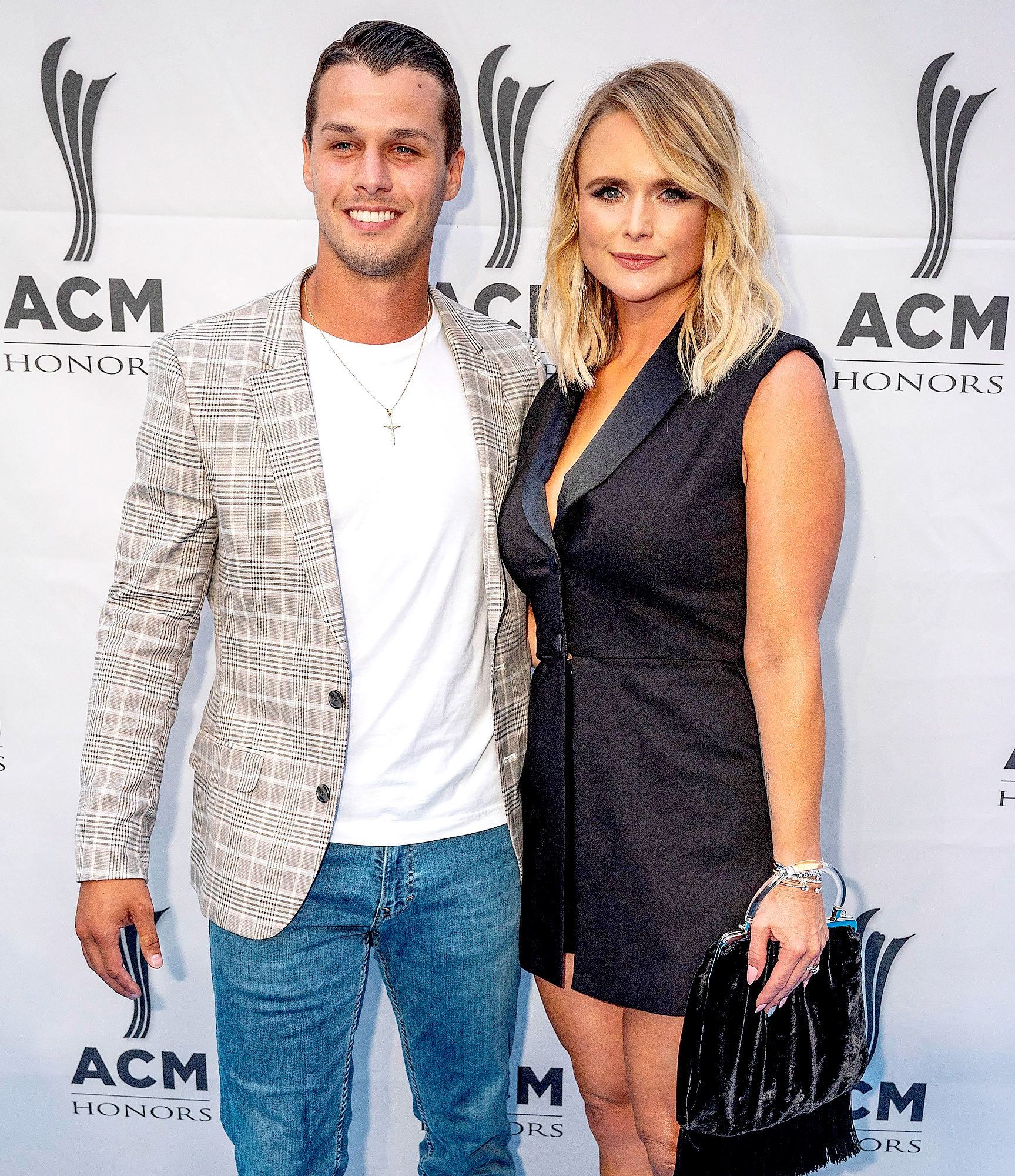 Miranda-Lambert-Nominates-Husband-for-First-Responder-Friday