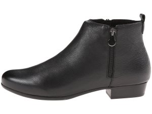 Munro Lexi ankle booties side
