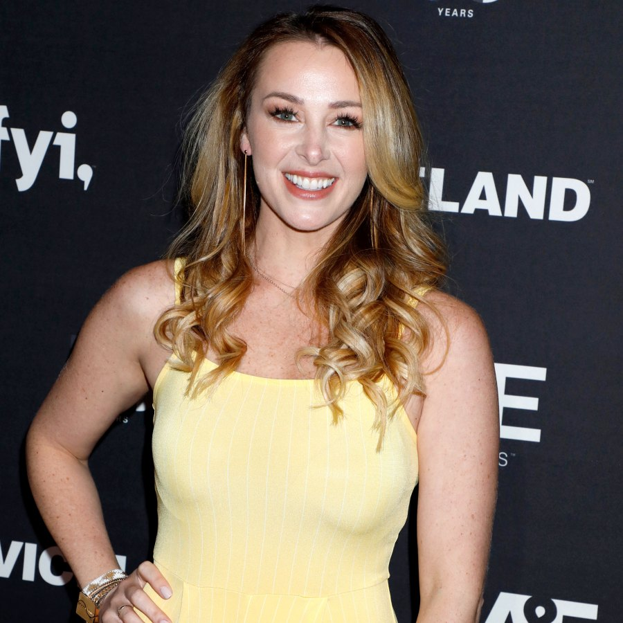 Pregnant Jamie Otis Shows Off Bare 4-Month Baby Bump in Bikini With 'Beautiful, Skinny Ladies All Around'