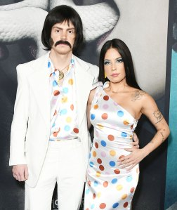 Science Behind Celeb Couples Costumes - Evan Peters and Halsey