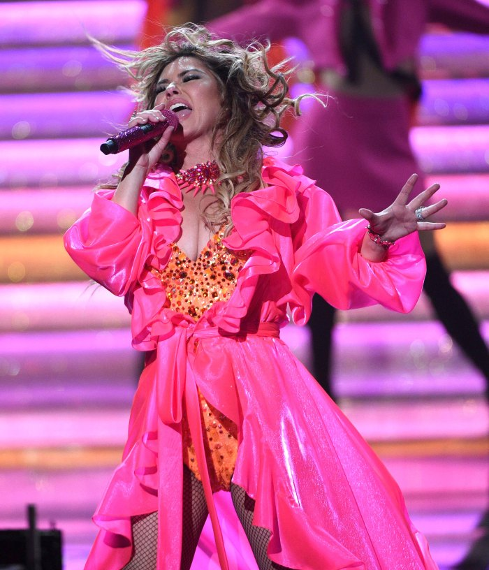 Shania Twain Performs Amas 2019