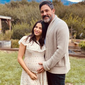 Steve Kazee Cradles Pregnant Jenna Dewan Baby Bump While Celebrating Thanksgiving 2019