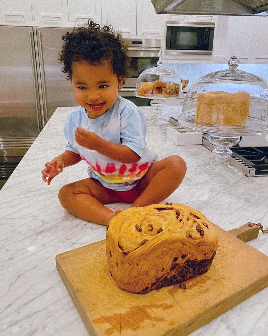 True Thompson Baking Khloe Kardashian Instagram