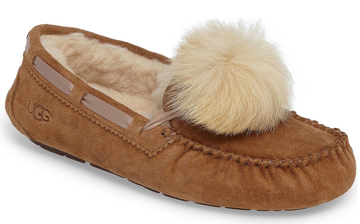 ugg-dakota-slipper-poof