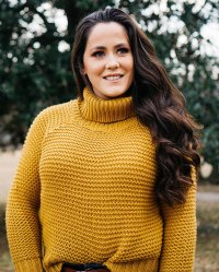 Jenelle Evans in a Yellow Sweater Nathan Griffith Sends Jenelle Evans Sweet Birthday Message Amid David Eason Divorce