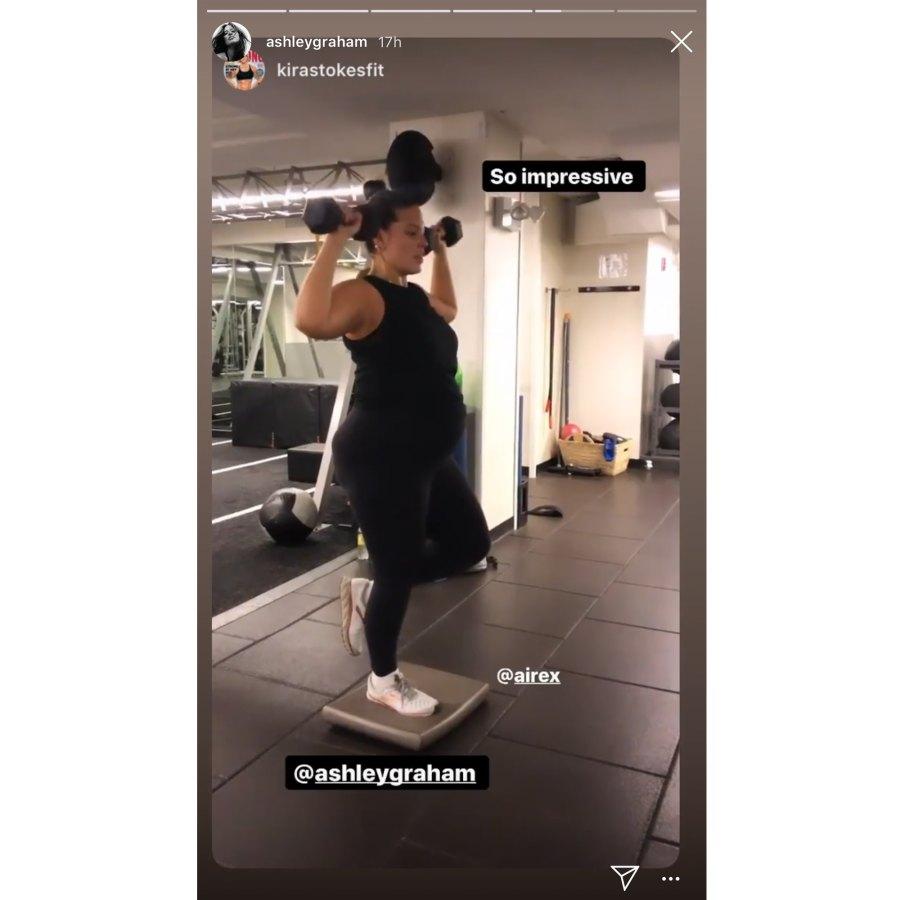 Pregnant Ashley Graham Lifting Weights