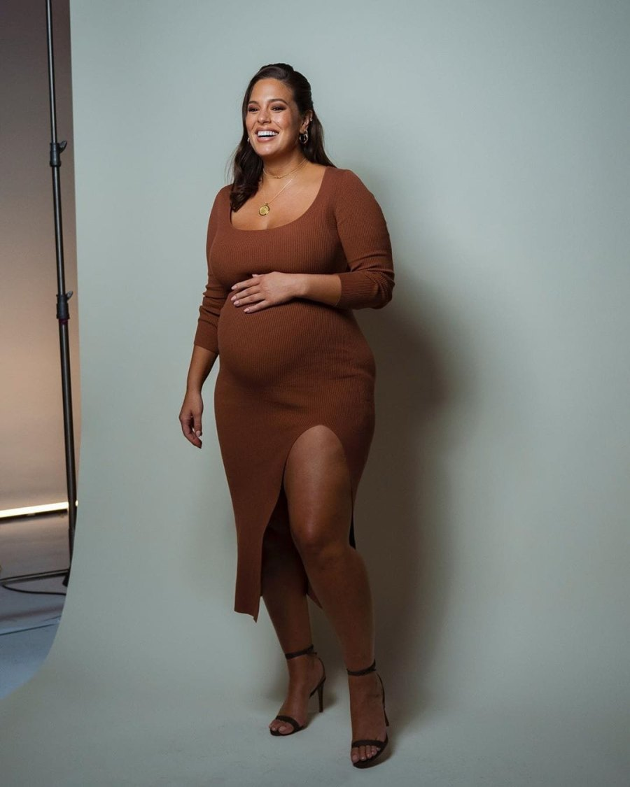 Pregnant Ashley Graham
