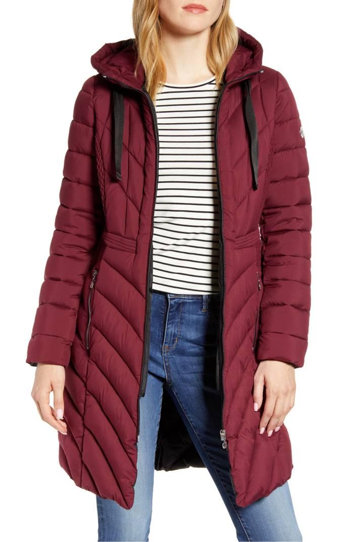 Bernardo Packable Hooded Walker Coat (Berry Jam)