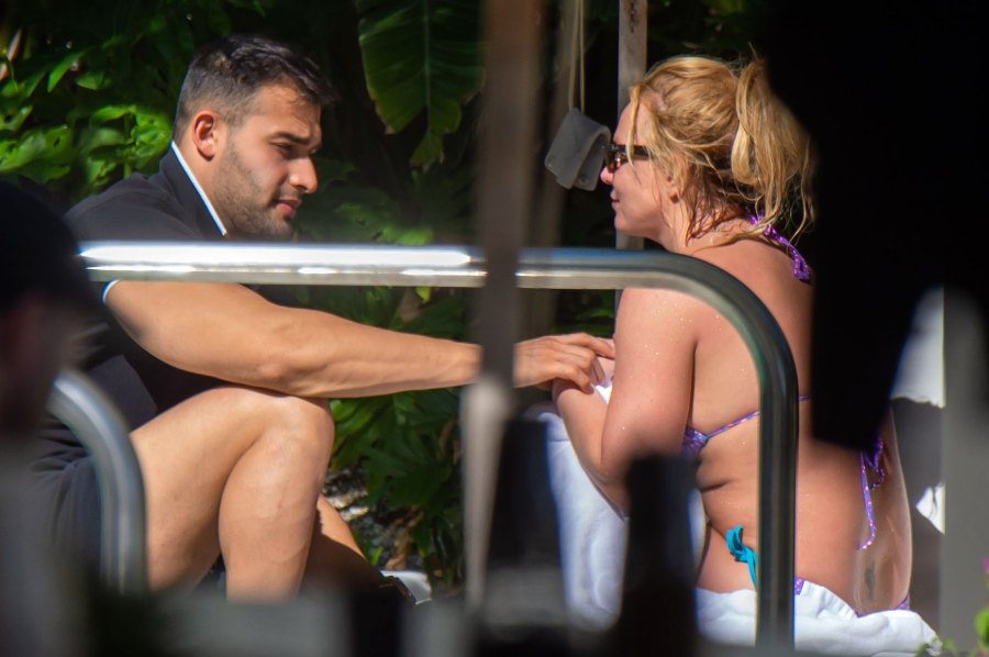 Britney Spears Hits the Pool in Miami With Sam Asghari