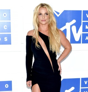 Britney Spears Is Planning to Go to Court in 2020 to Fight for Her Kids