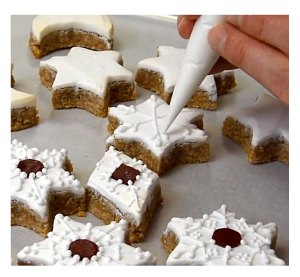 Buckingham Palace Shares Holiday Cookie Recipe