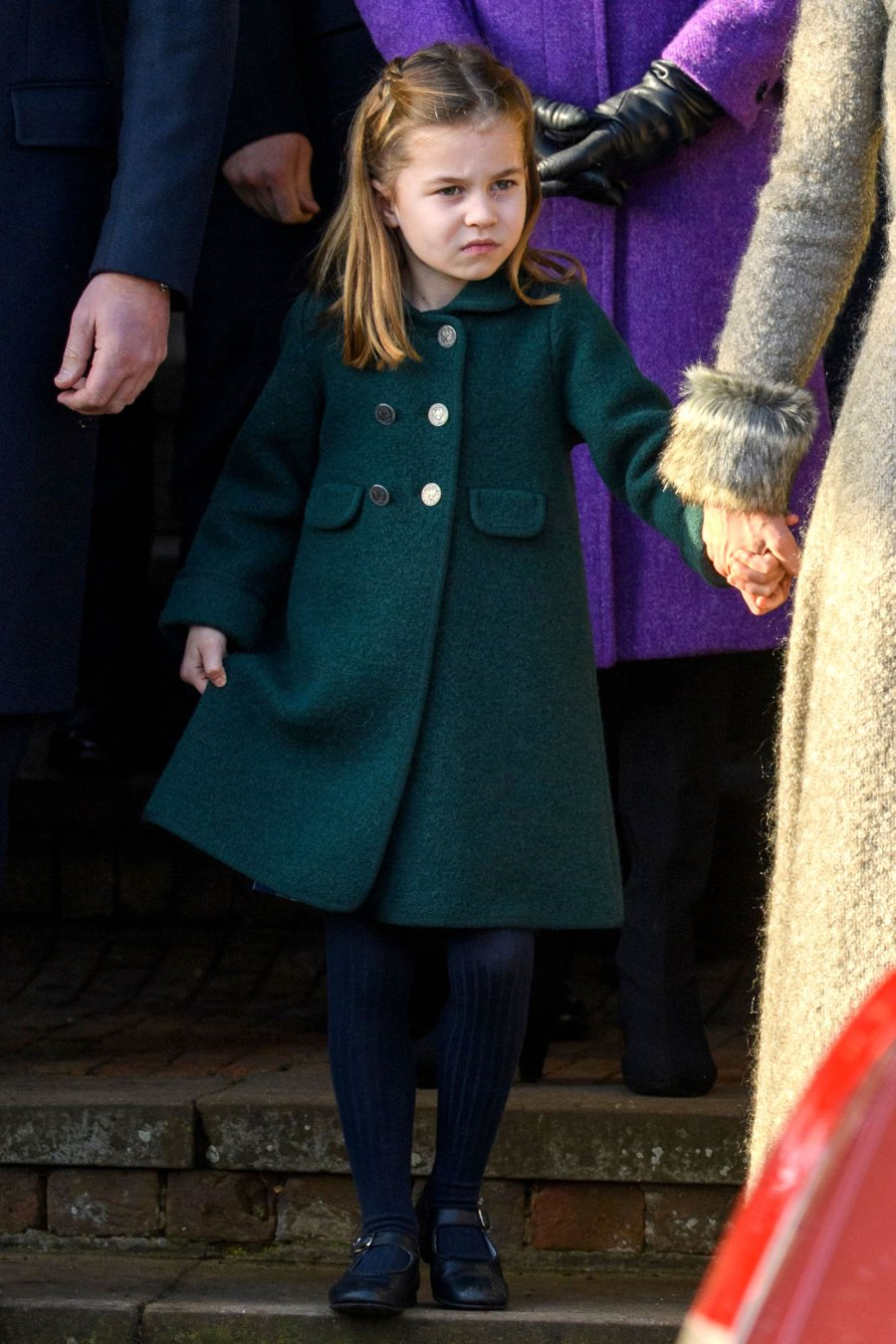 Duchess Kate! Prince William! See the Royal Family Walk Into Christmas Day Service: Pics!