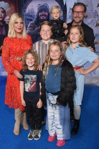 How Tori Spelling and Dean McDermott Balance 5 Kids