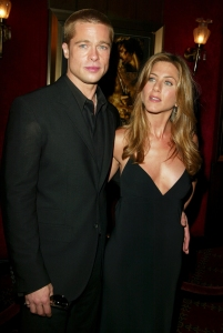 Jen Aniston Brad Pitt Wont Be Uncomfortable With Awards Season Run-Ins